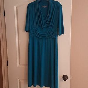 Jones Wear Dresses - Size 14 Jones Wear dress, 3/4 length sleeve